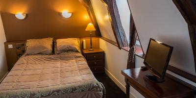 image Chambres Single de l'hôtel Henri 4 à Sully sur Loire